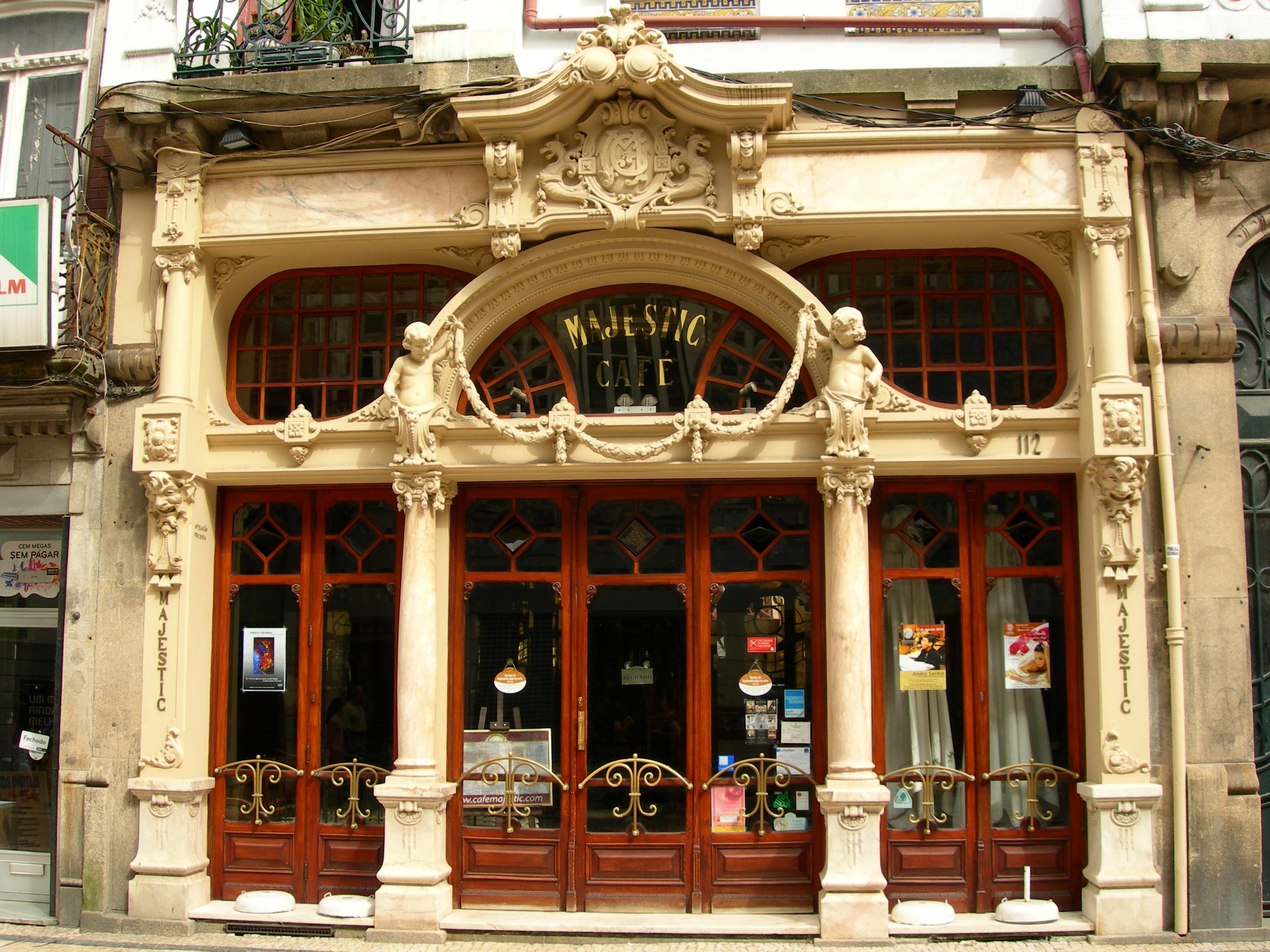 Café Majestic, Porto / Maragato1976/Wikimedia Commons
