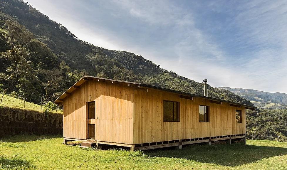 Exterior da casa / JRG Taller de Arquitectura