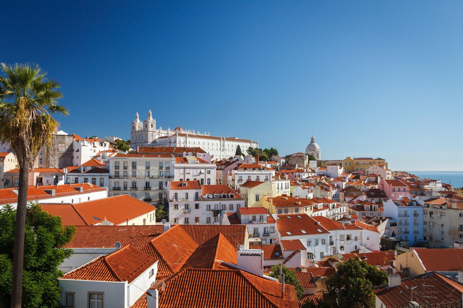 Lisboa continua a cidade mais cara para comprar casa: 3.375 euros por m2 / Imagem de Steffen Zimmermann por Pixabay