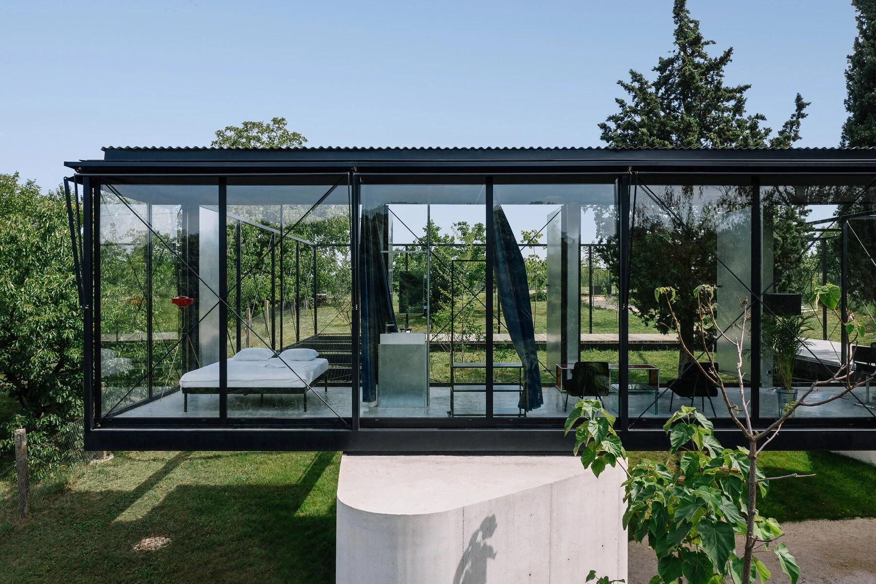 Uma casa transparente