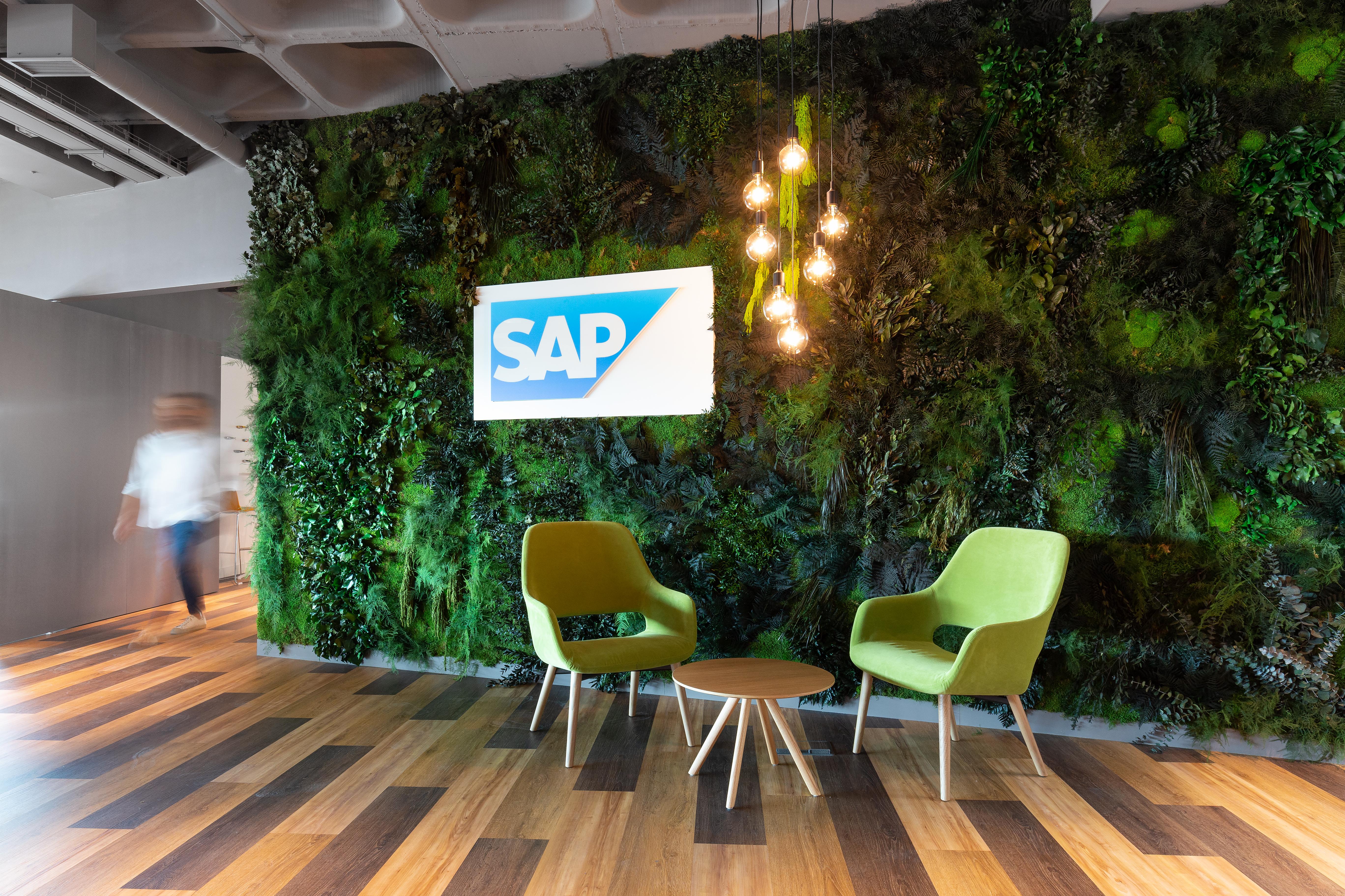 Escritório da SAP, no Lagoas Park, Oeiras / Vector Mais