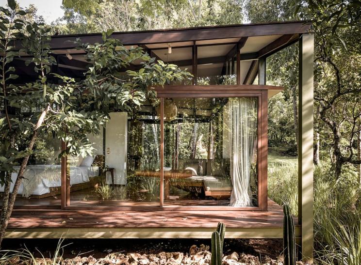 Casa pré-fabricada construída com papel reciclado