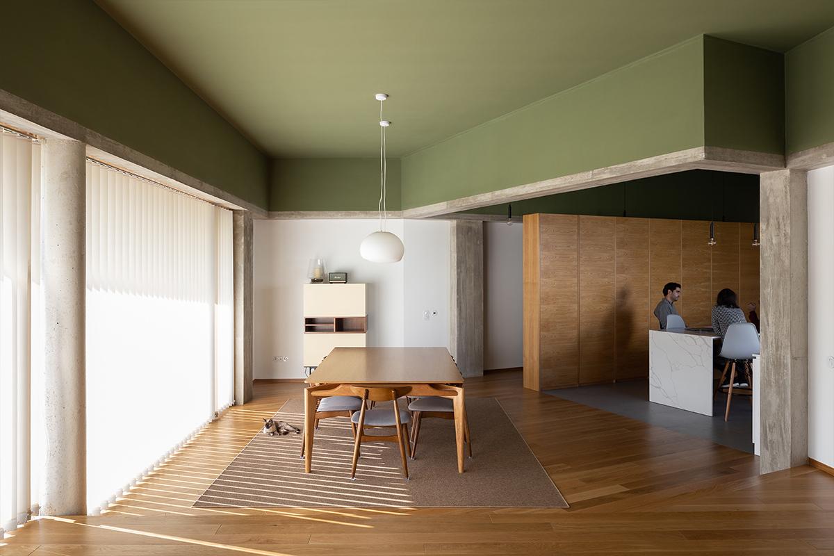 Casa RM/ Pedro Miguel Santos /  Foto: Alexander Bogorodskiy