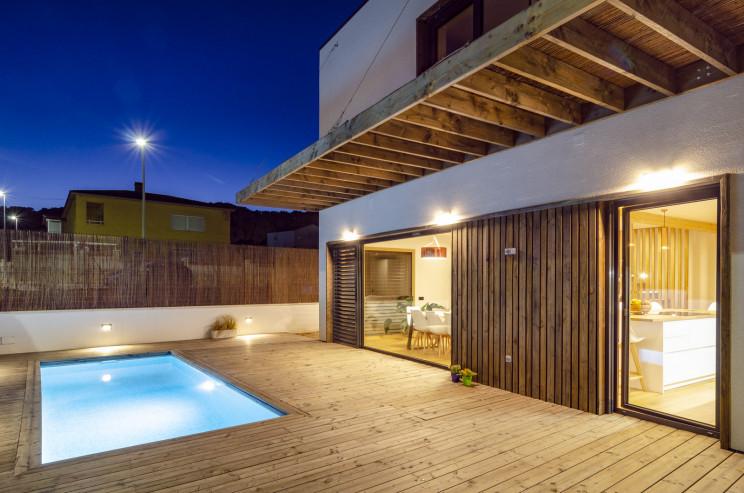 Uma das casas pré-fabricadas mais sustentáveis da Europa