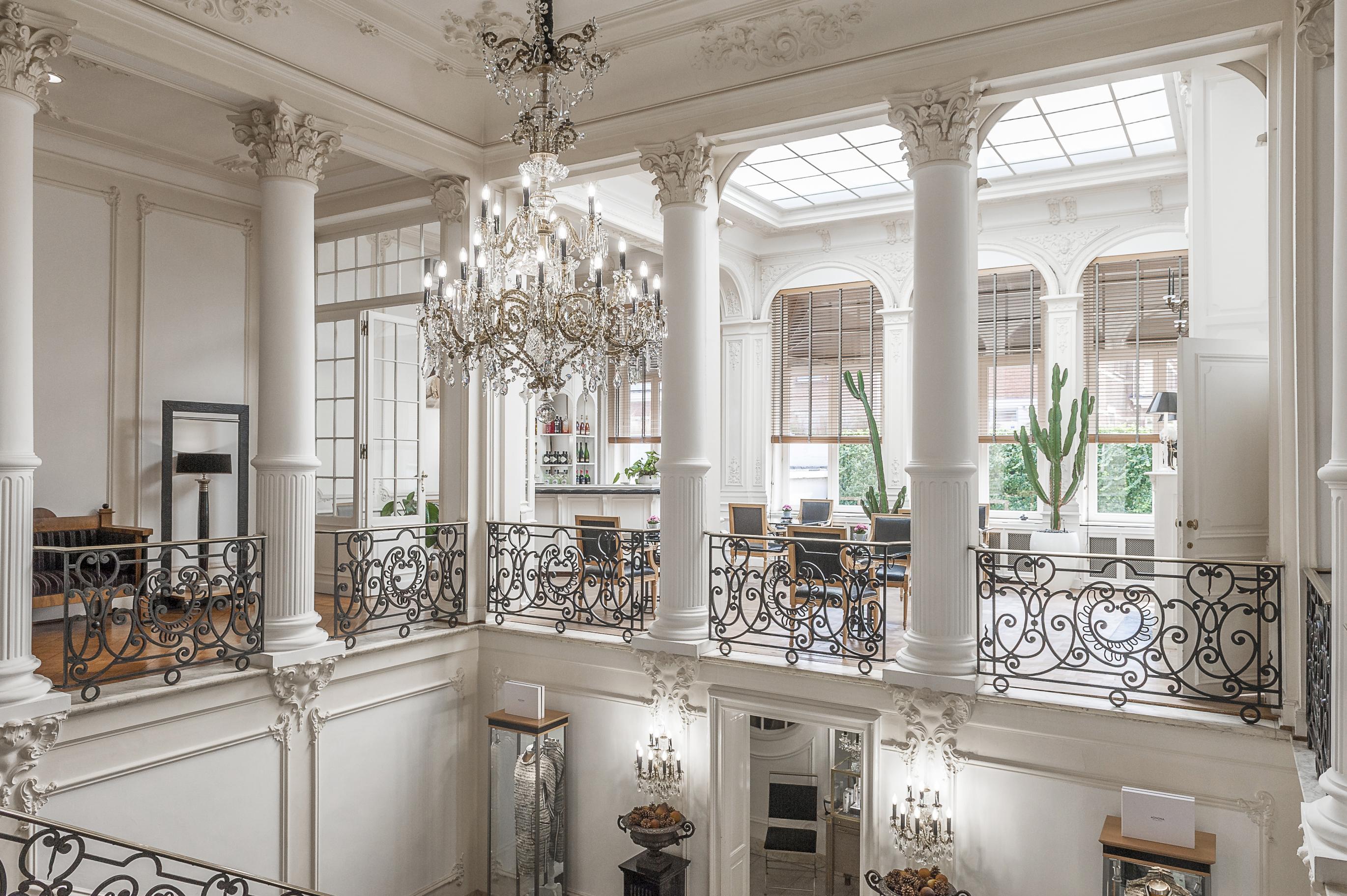 Histórica Mansão em Antuérpia / Engel & Völkers Antwerp Center