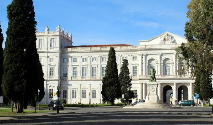 Palácio Nacional da Ajuda / Dguendel/CC-BY-4.0
