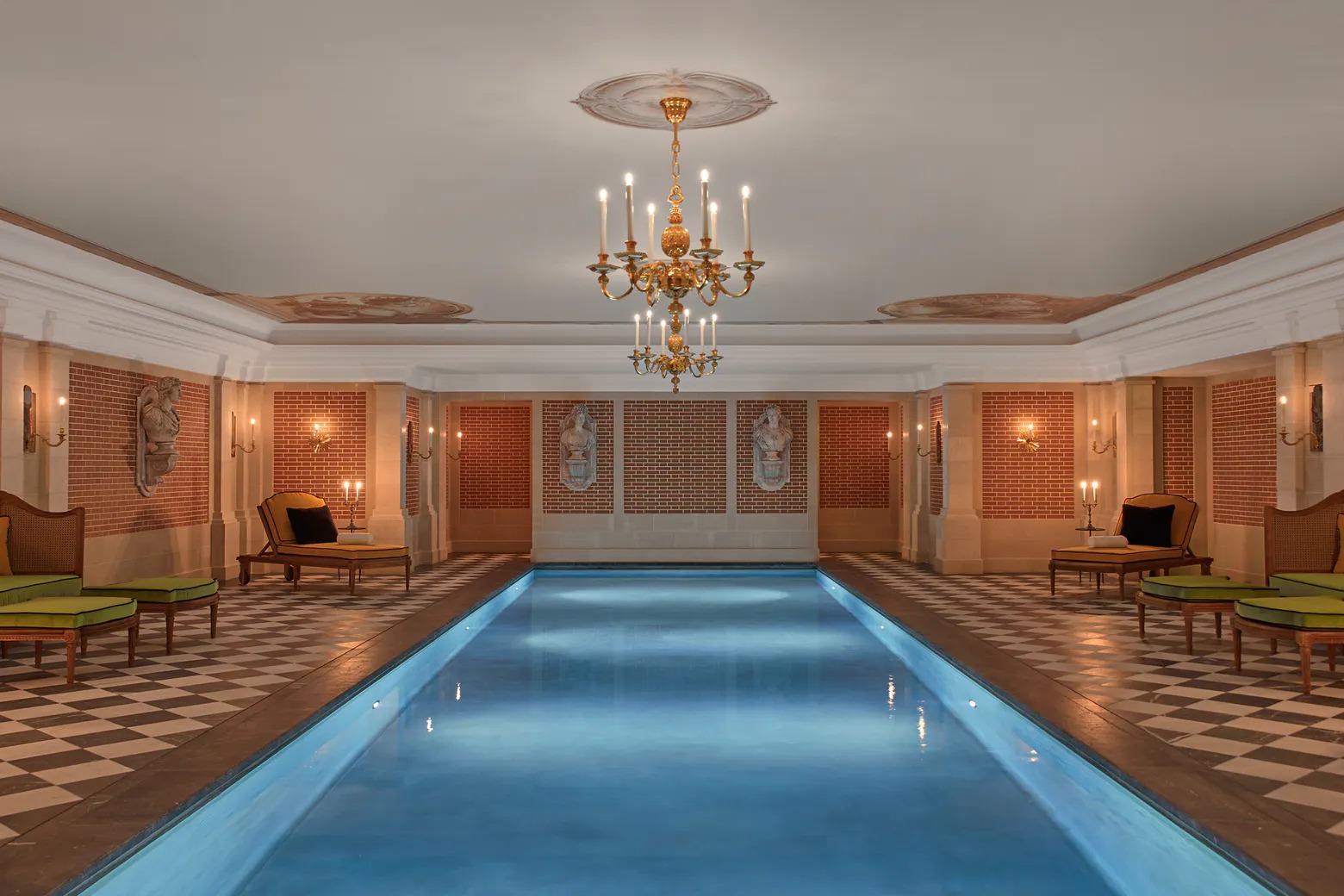 Hotel de luxo no Palácio de Versalhes
