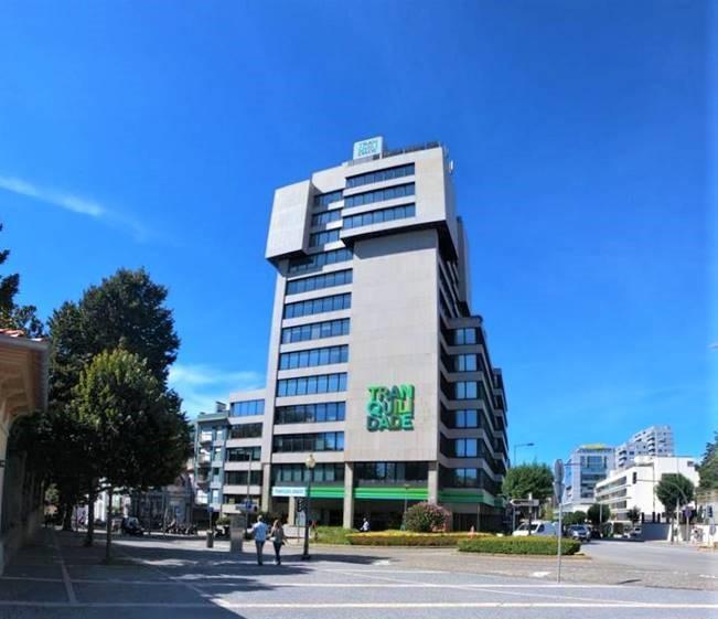 Edifício de escritórios D. Manuel II no Porto vendido a um investidor espanhol