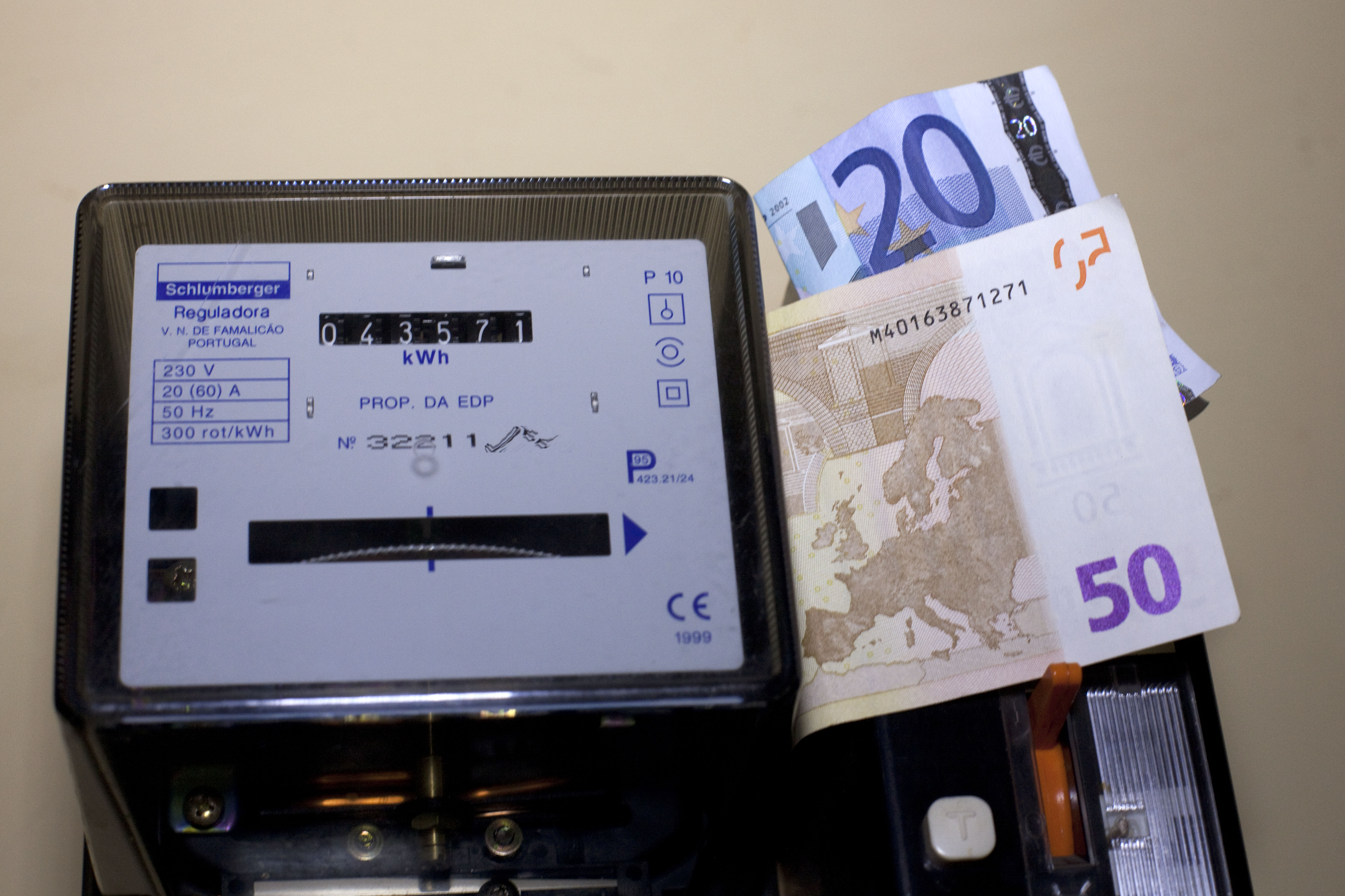 Preço da eletricidade sobe em 01 de julho para famílias no mercado regulado