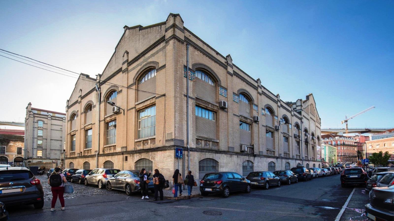 """Antiga fábrica """"A Napolitana"""" em Lisboa vai ser convertida numa escola internacional"""