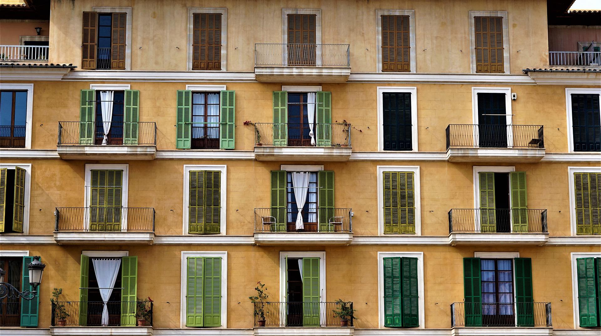 Casa e pandemia, o que muda na relação? impacto do confinamento à lupa