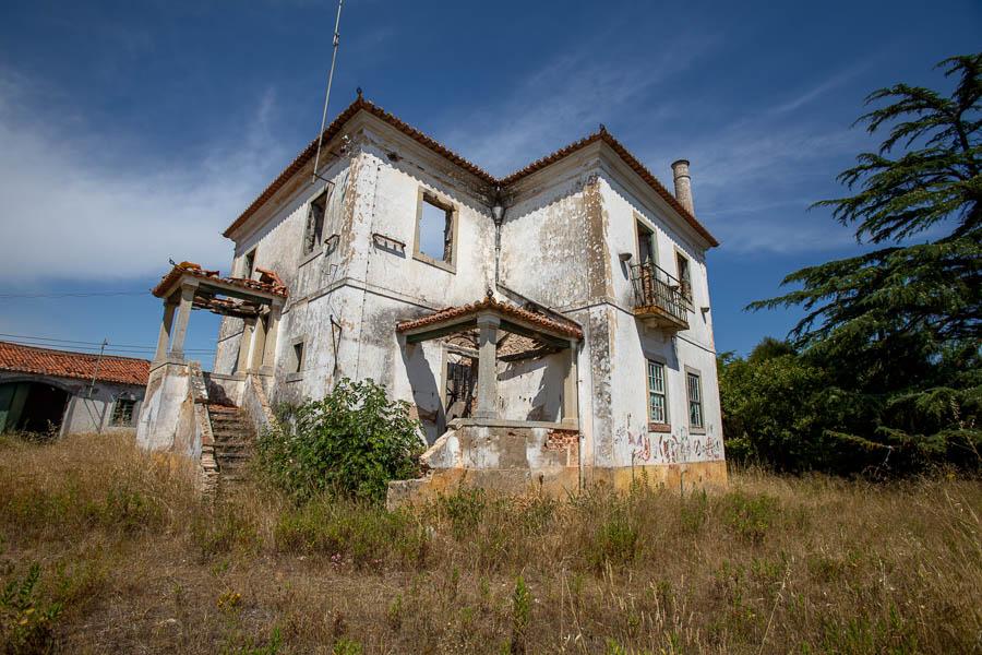 Edifício devoluto
