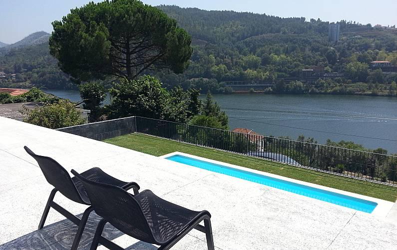 Casas com piscina para passar férias no Douro
