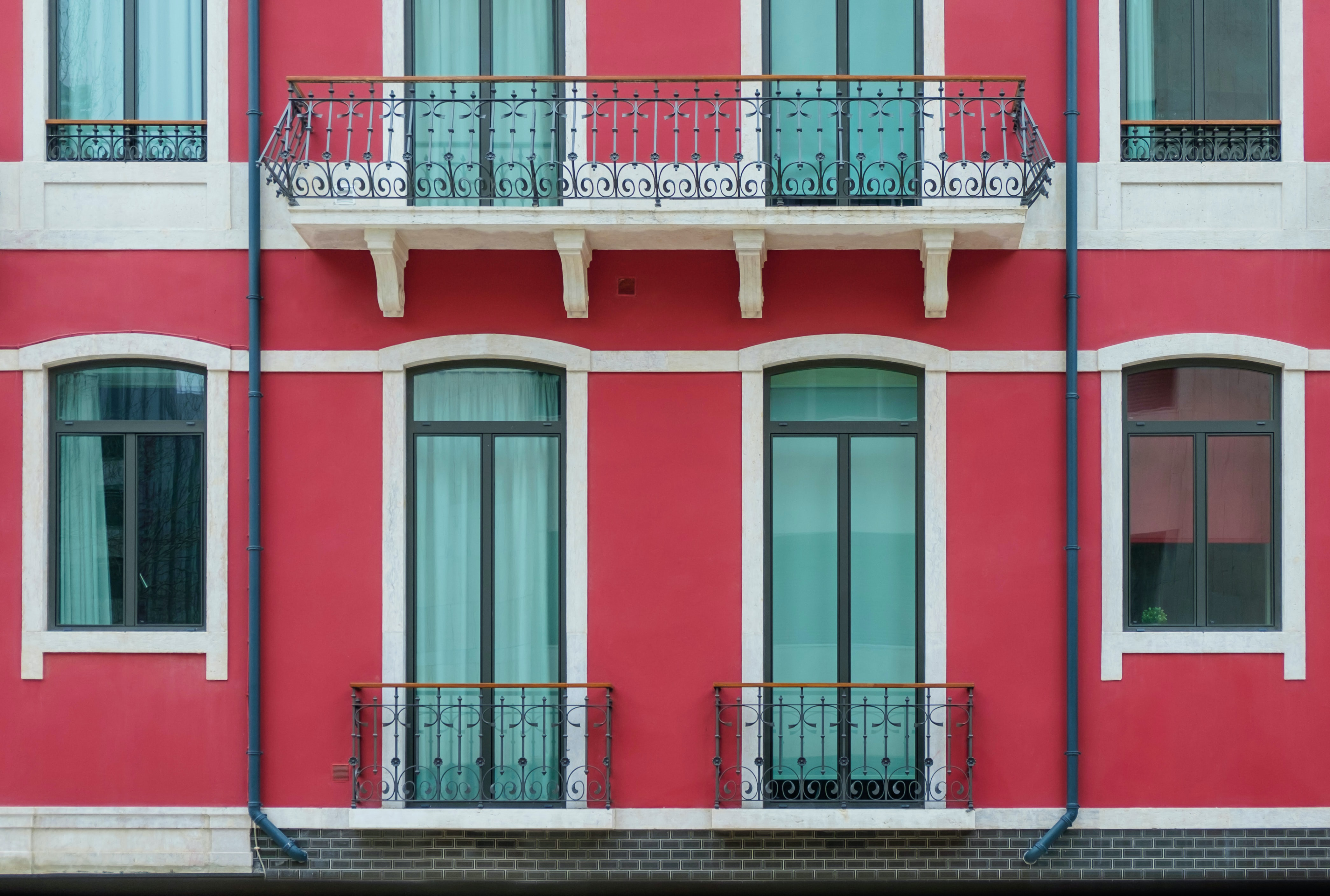 Photo by Glauco Zuccaccia on Unsplash
