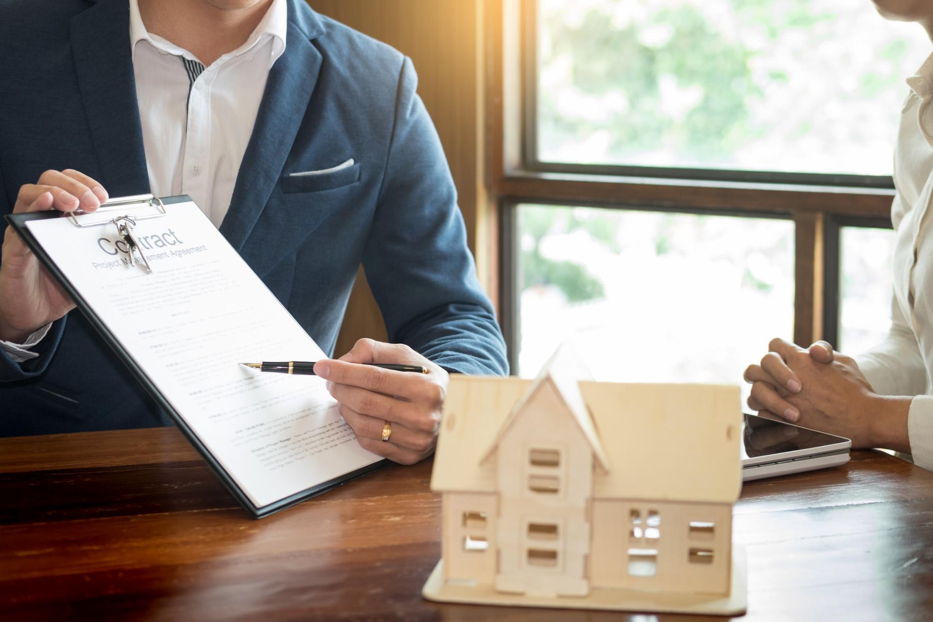 """Preços das casas continuam a subir """"vertiginosamente"""" no mundo, diz o The Economist"""