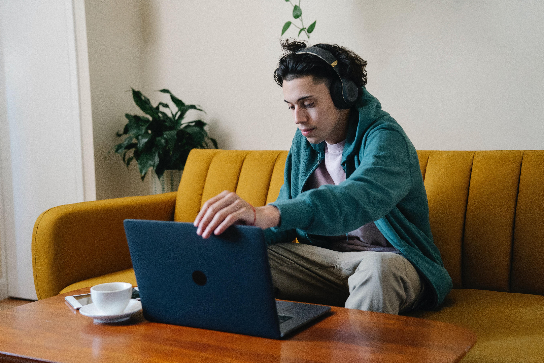 Trabalhar em casa: 717 mil pessoas estiveram em teletrabalho no segundo trimestre
