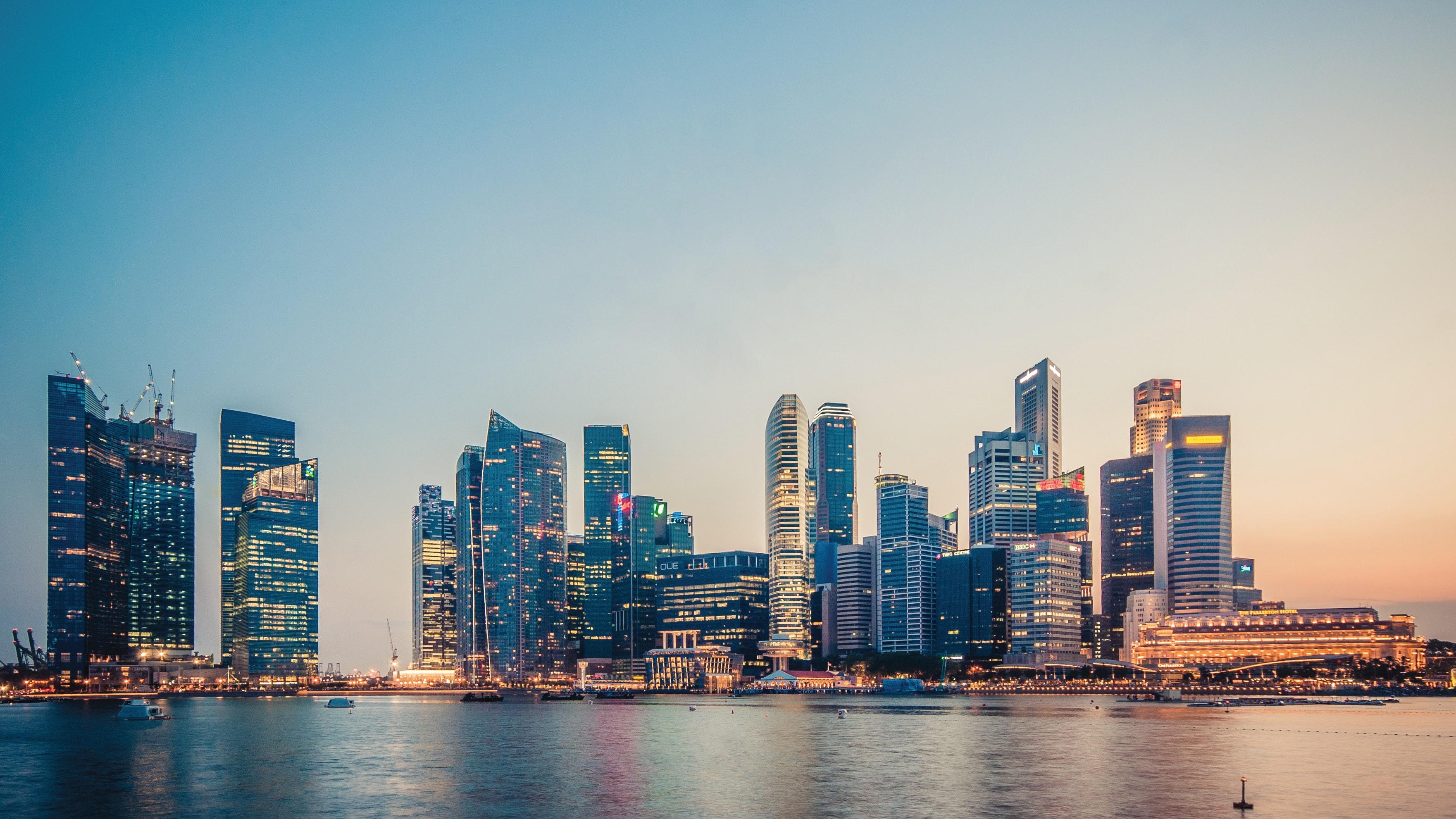 Singapura, uma cidade-Estado que foi exemplo de sucesso na luta contra a Covid-19 / Photo by Peter Nguyen on Unsplash