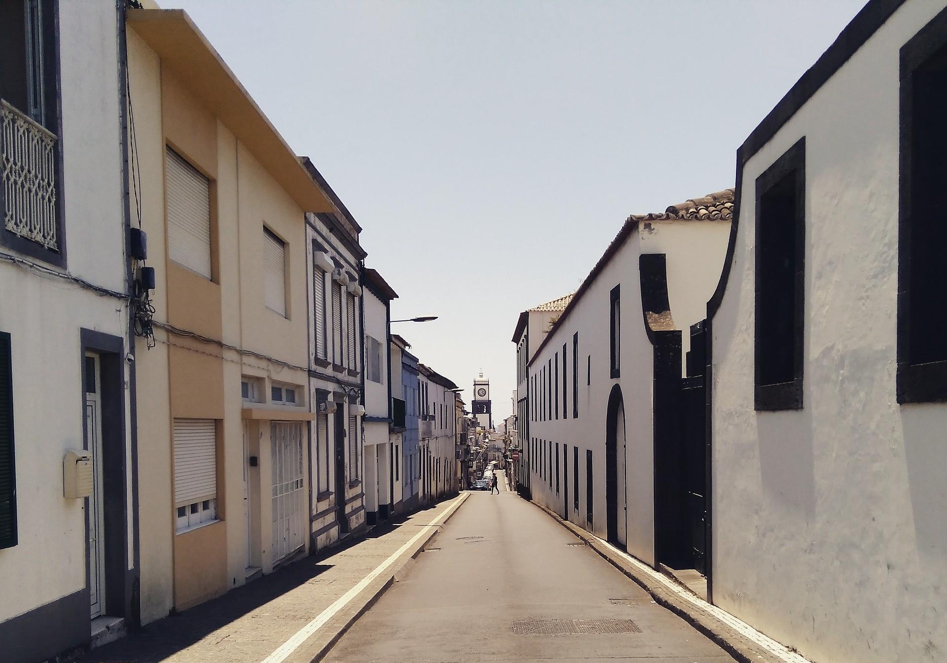 Ruas em Ponta Delgada