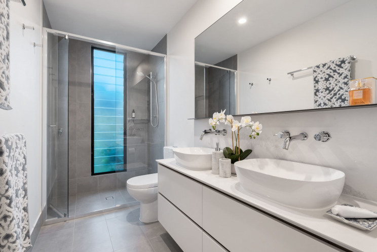 Casas de banho: 6 ideias originais para trocar a base de duche