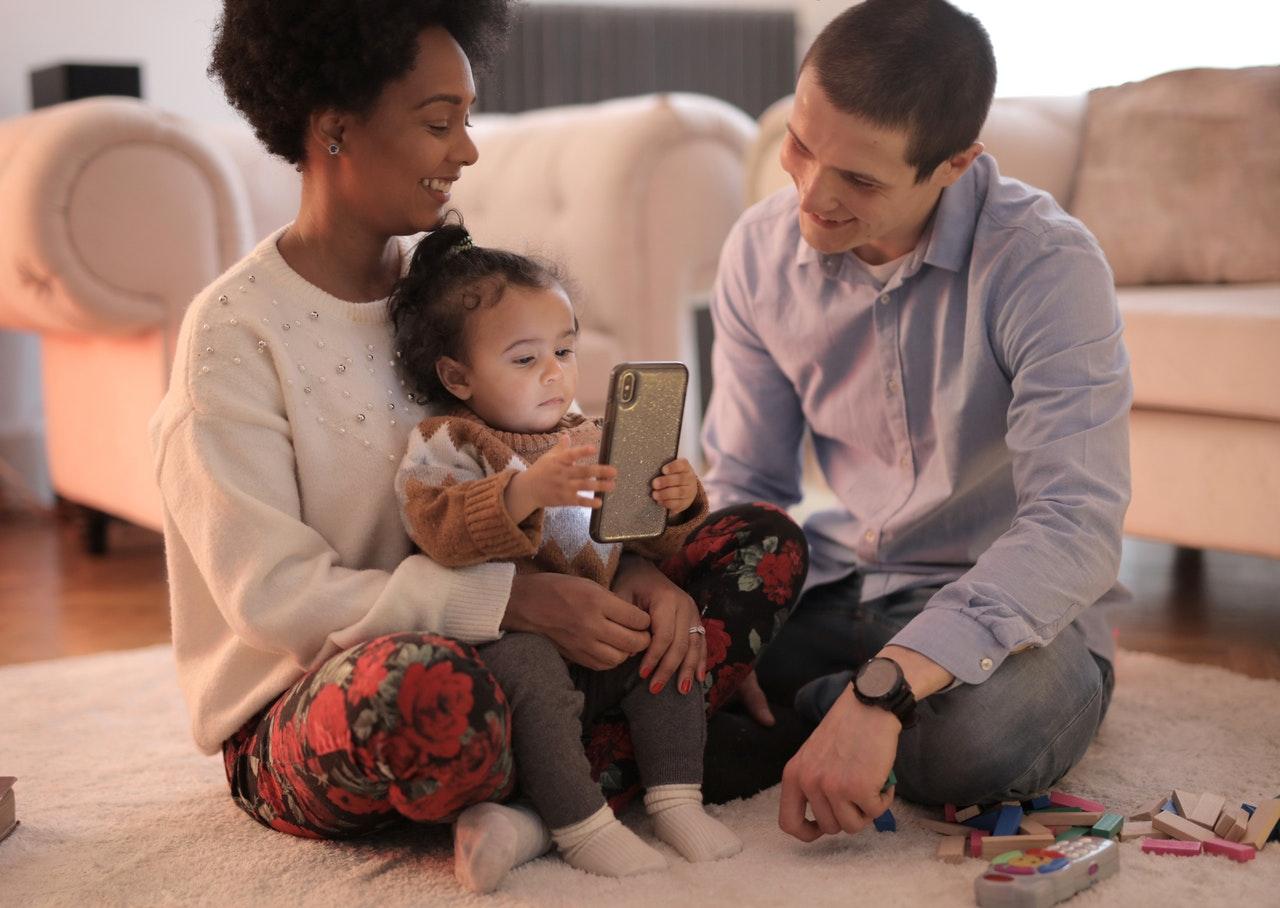 1º Direito dá habitação a milhares de famílias