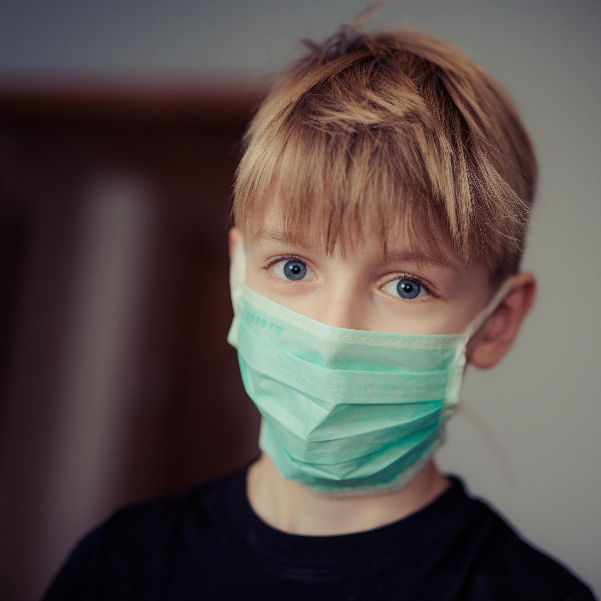 Máscaras e geles desinfetantes com IVA reduzido