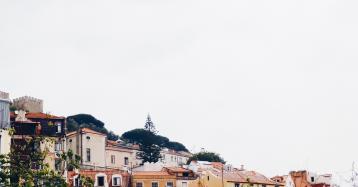 Falta de habitação acessível em Portugal já é um problema social - alerta Bruxelas