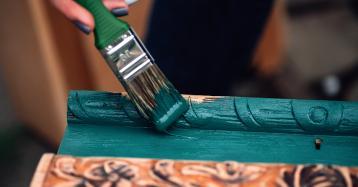 Pintar móveis antigos em casa? Todo o processo ponto por ponto