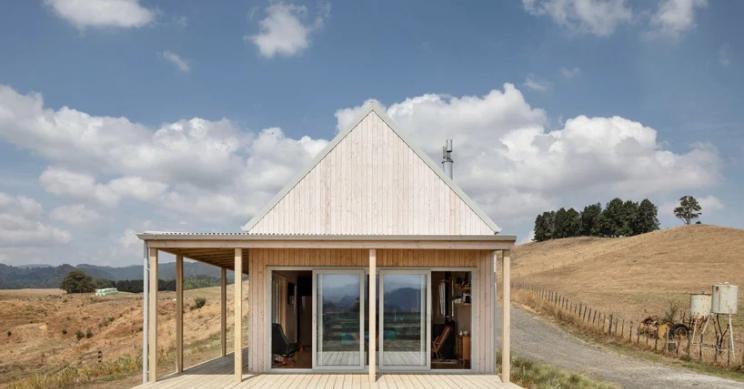 Uma casa pré-fabricada na Nova Zelândia que pode ser montada em apenas quatro dias