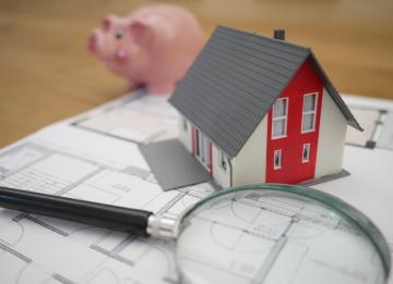 Riscos da subida dos preços das casas em Portugal voltam a ser analisados pela Troika