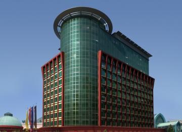 Escritórios na Torre Oriente: três últimas frações disponíveis no final do ano