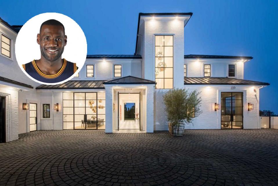 A nova mansão de LeBron James
