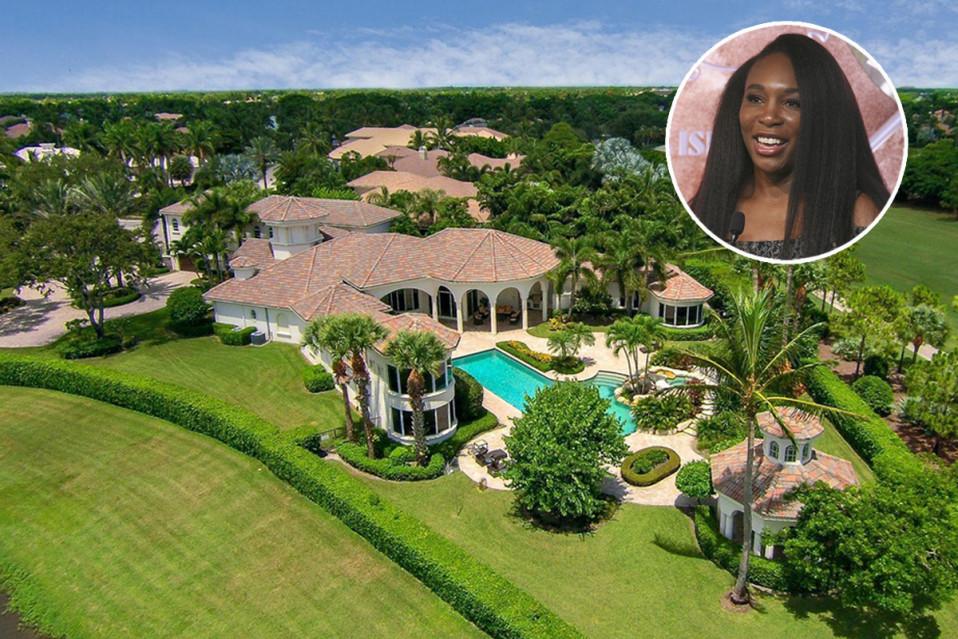 A mansão está à venda por 2,36 milhões de euros