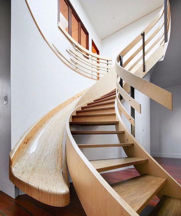 Escadas ou escorrega?