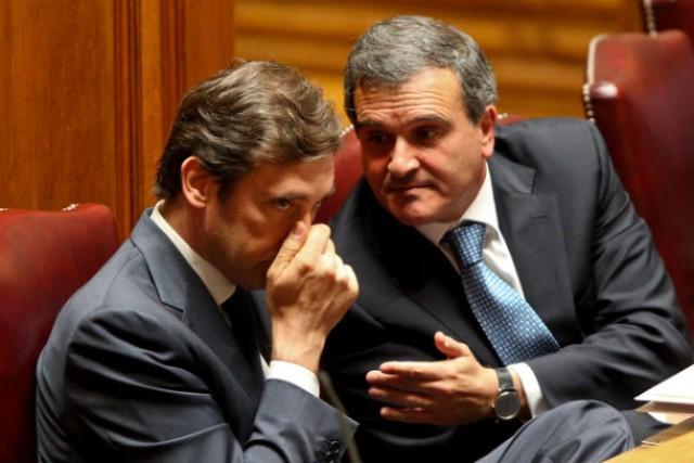 miguel relvas revelou que o estado vai ter de pagar antecipadamente um empréstimo de 225 milhões de euros da rtp