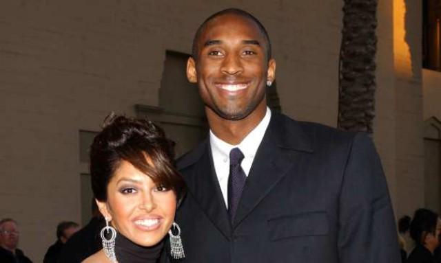 a estrela do basquetebol kobe bryant com a sua ex-mulher vanessa
