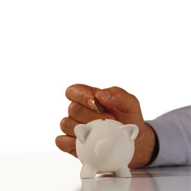 poupança equivale a 207 euros na prestação ao longo dos últimos três anos