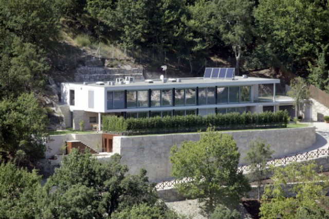 a casa de cristiano ronaldo na barragem da caniçada, no gerês