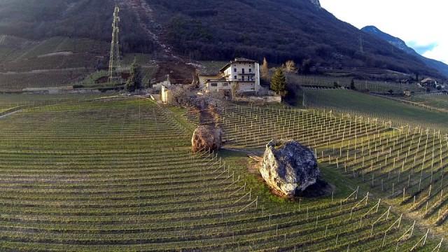 A casa está localizada na pequena localidade de Tremeno.