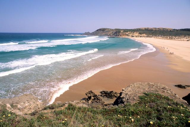 Algarve é a região mais procurada pelos turistas