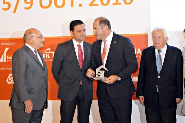 Pedro Marques, ministro do Planeamento e das Infraestruturas (segundo à esquerda), durante a entrega dos prémios.