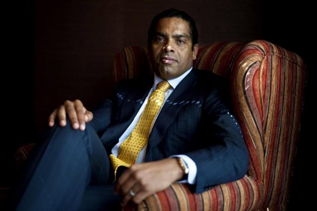 Empresário angolano, ex-presidente do BESA, é suspeito em Portugal de vários crimes económicos (foto do Público)