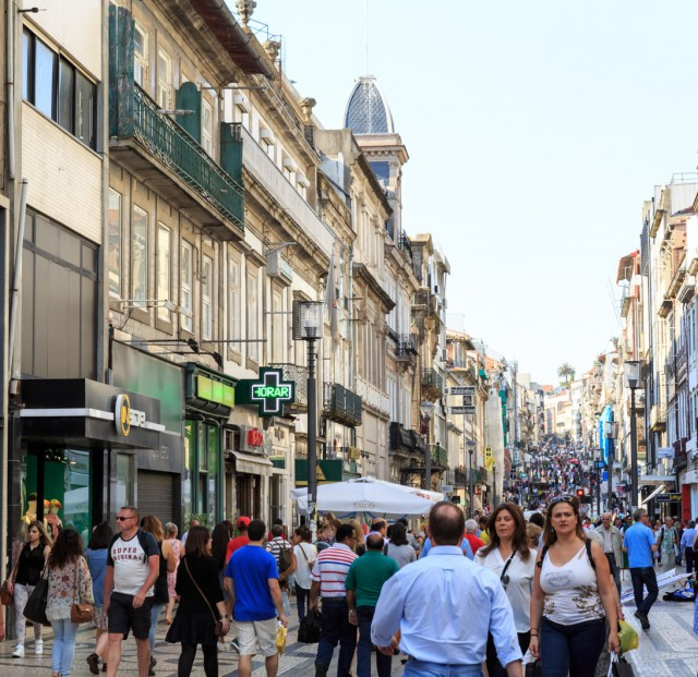 Rua de Santa Catarina, no Porto / CBRE