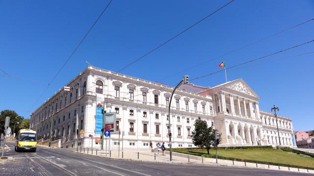 Proposta de OE2018 é entregue no Parlamento dia 13 de outubro / Wikimedia commons