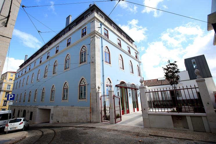 Edifício Duques de Brangança, com 13 casas de luxo / Coporgest