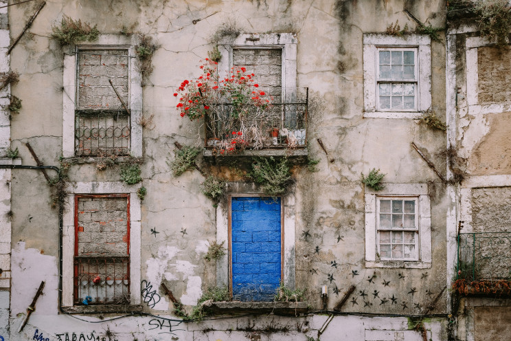 Alistair MacRobert/Unsplash
