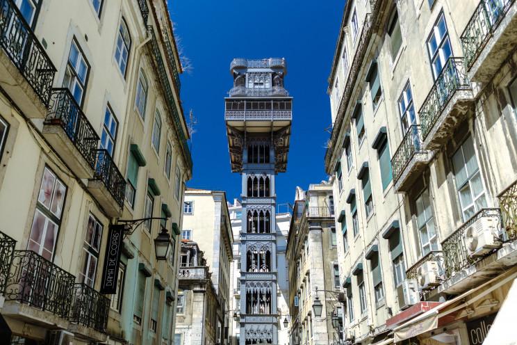 Lisboa continua a ser região mais cara para adquirir um imóvel, com preços a rondaros 2.807 por m2. / Photo by Kit Suman on Unsplash