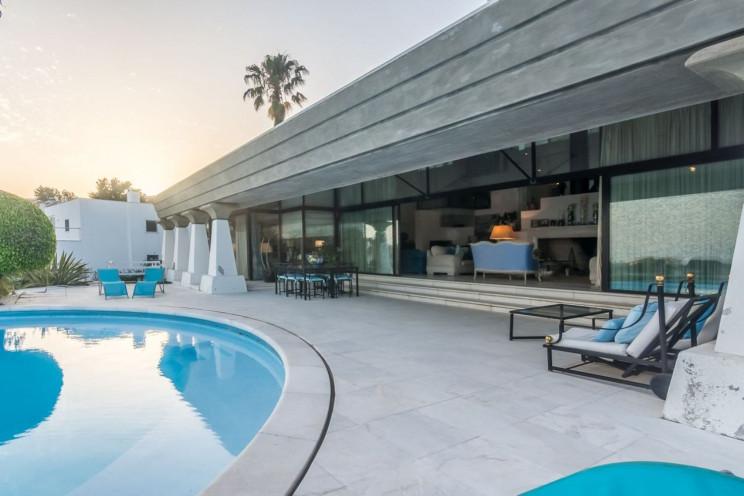Esta mansão fica em Cascais e custa 4 milhões de euros