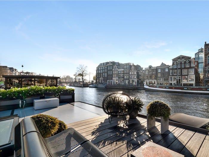 Para o rio Amstel