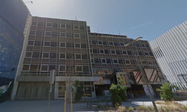 Edifício de escritórios fica no nº5 da Rua D. Luís, em Lisboa. / Google Maps