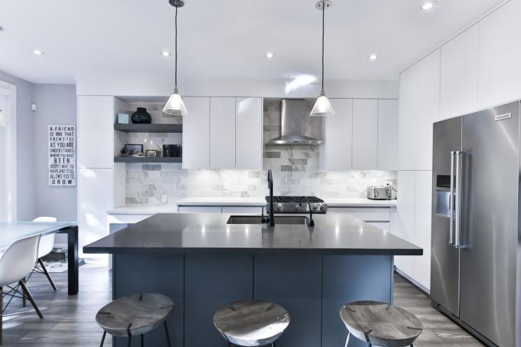 Cozinhas totalmente brancas